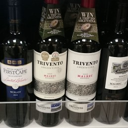 Trivento wine neckcollar on supermaket shelf